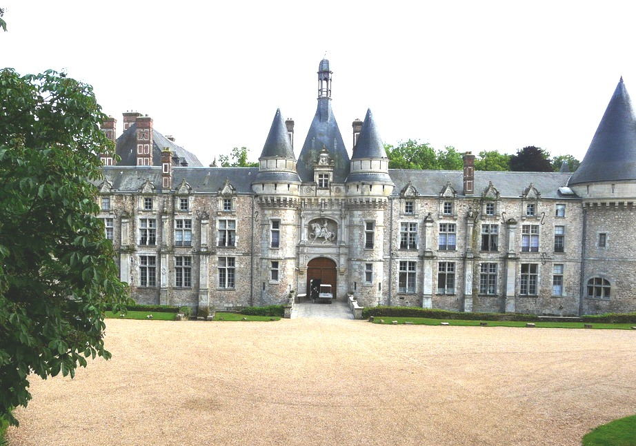 Top Luxury Chateau Hotels of France
