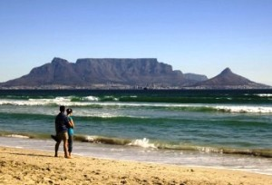 Couple watching the Table Top Mountain in Cape Town